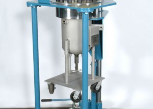 5 gallon reactor with rollaway body