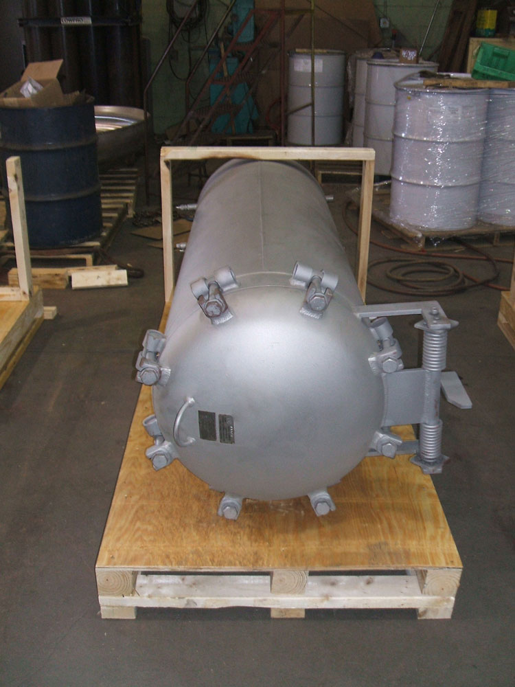 Pressure vessels with quick opening closures 2