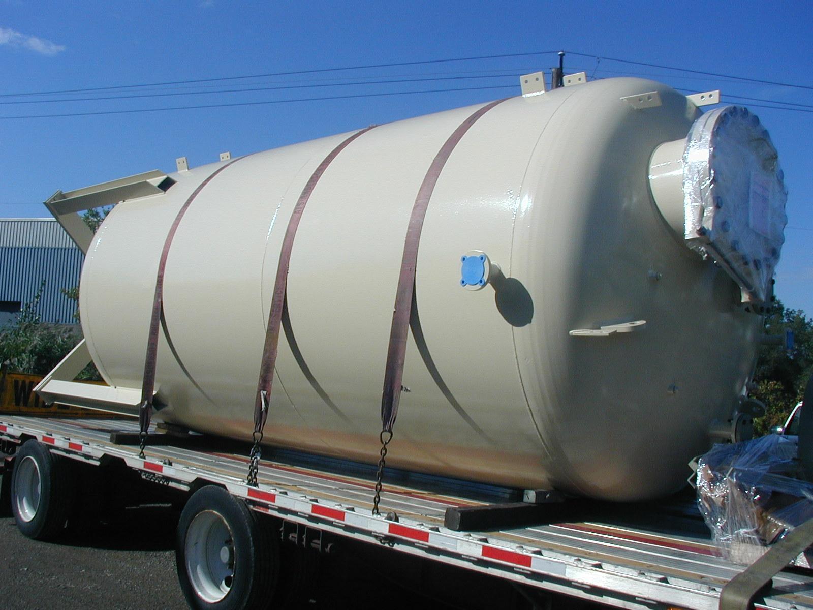 10,000 Gallon Bulk Storage Tank